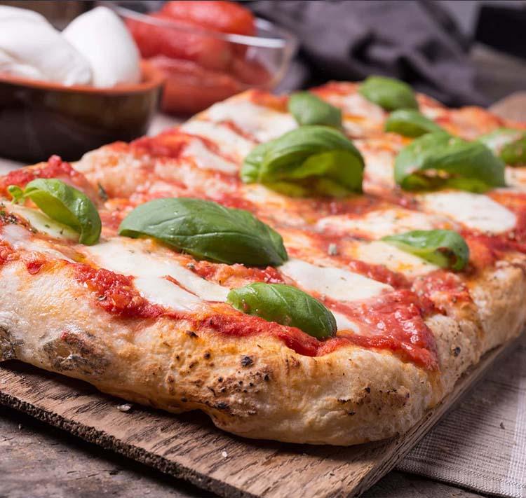 Pizza In Teglia 🍕 With Chef Massimo Baliva